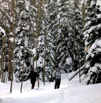 Snowshoeing at Vista Verde Ranch