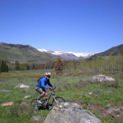 colorado-guest-ranch-summer-activities-mountain-biking