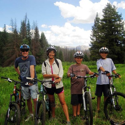 colorado-guest-ranch-summer-activities-mountain-biking