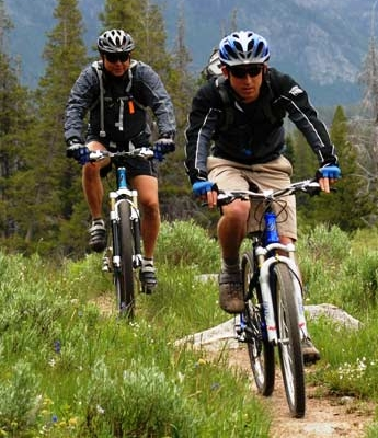 colorado-vacation-activity-mountain-biking