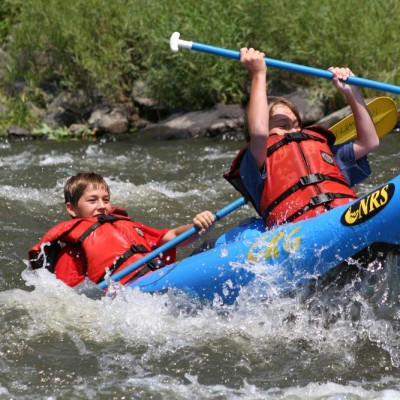 colorado-guest-ranch-summer-activities-whitewater-rafting-kayaking