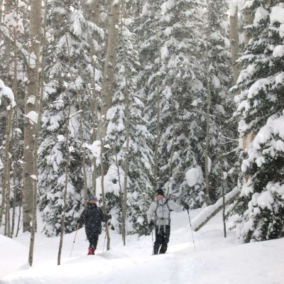 colorado-vacation-winter-family-snow-skiing