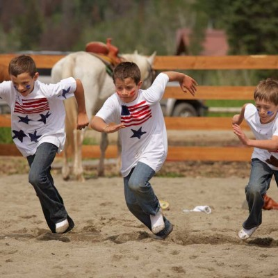 vcolorado-vacation-for-kids-and-teens