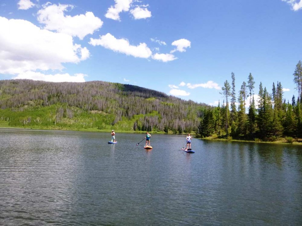 alpine-lake-paddle-boarding-in-Colorado2