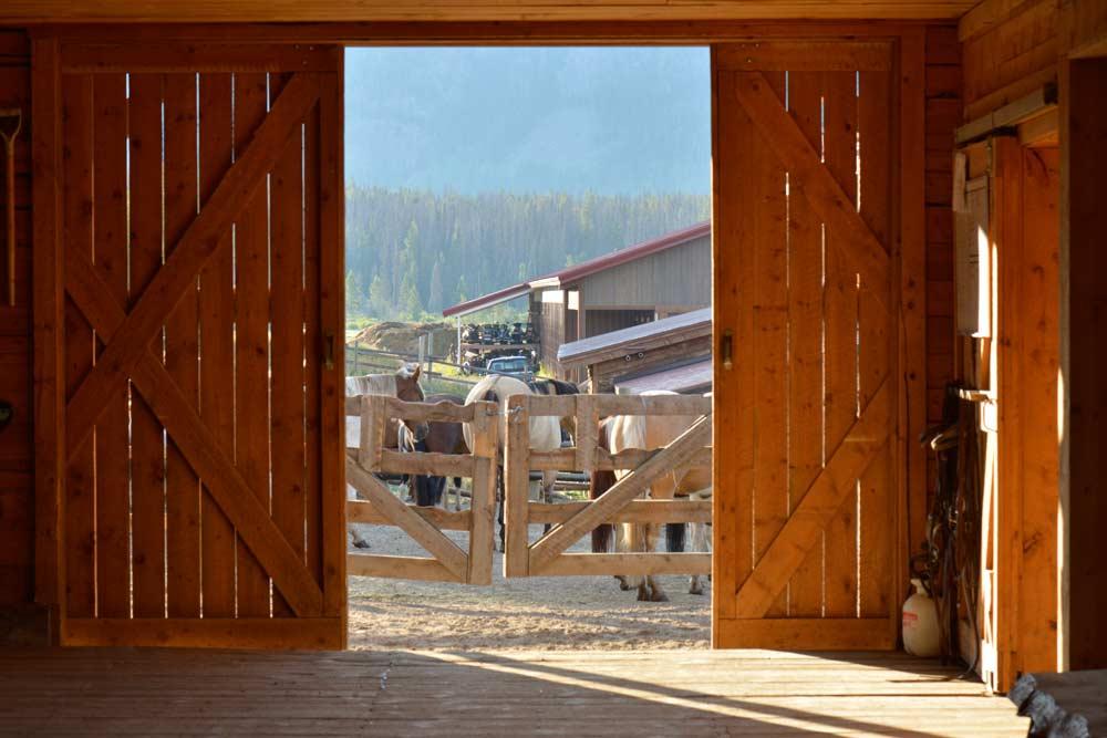 Vista Verde Luxury Ranch Colorado Barn