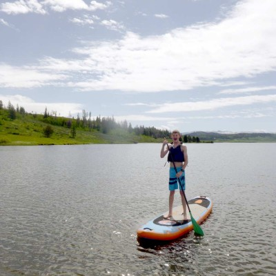 colorado-ranch-vacation-paddleboarding