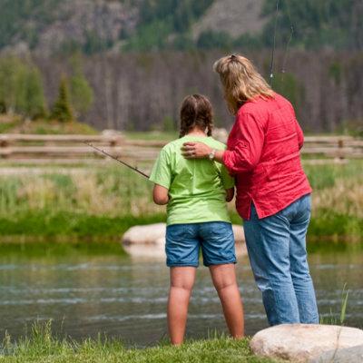 family-fishing-vacation-Colorado-guest-ranch