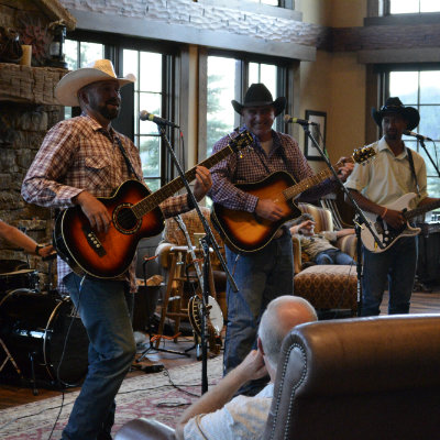 music-show-Colorado-guest-ranch