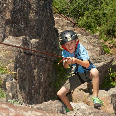 colorado-vacation-guest-ranch-rock-climbing