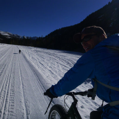 snow-biking-winter-resort