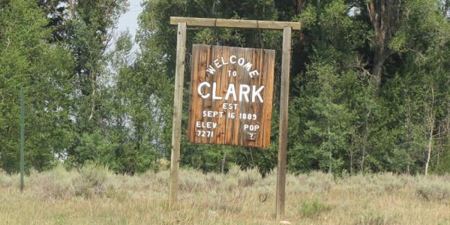 clark-co-sign