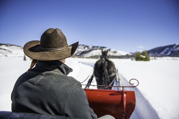 sleigh ride romantic trip to Colorado
